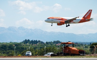 From London to Zadar with easyJet